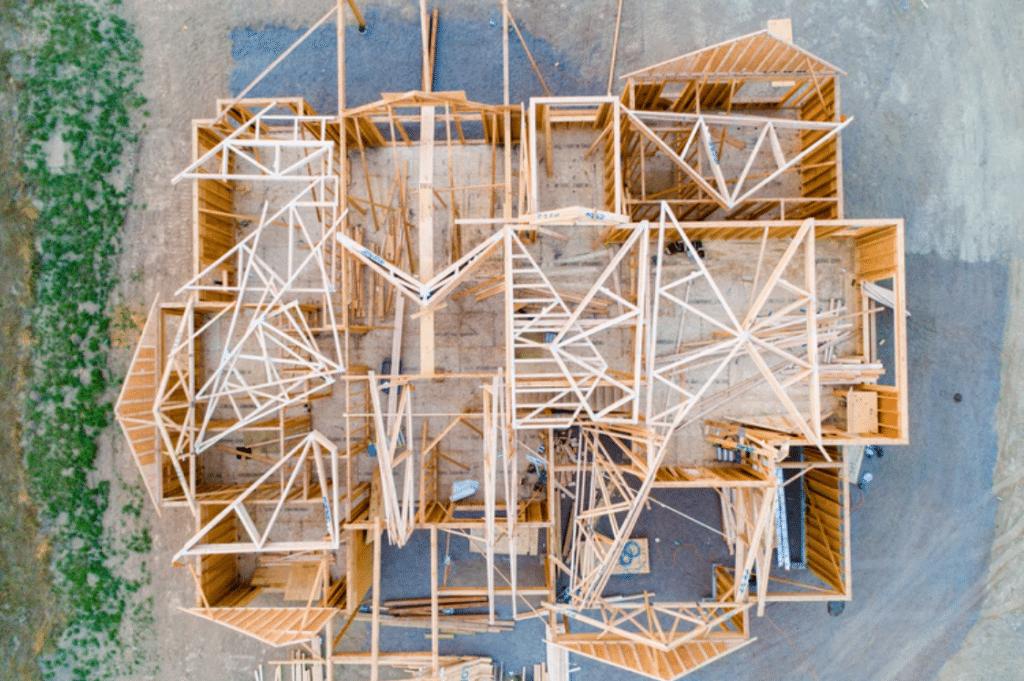 Stavba nového domu ze dřeva